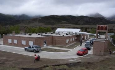 Lucía inauguró el nuevo hospital de Aconquija