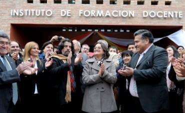Corpacci inauguró el edificio del IES de Fiambalá