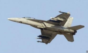 Un muerto al estrellarse jet militar de EE.UU. en Gran Bretaña