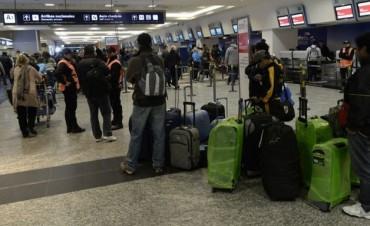 Levantan medida gremial y se comienzan a normalizar los vuelos