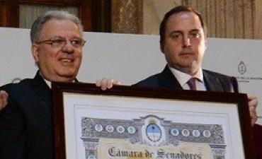 """La Cámara de Senadores de la Nación distinguió a la Universidad de Buenos Aires con la Mención de Honor """"Senador Domingo Faustino Sarmiento"""""""