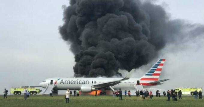 Ardieron dos aviones en Estados Unidos
