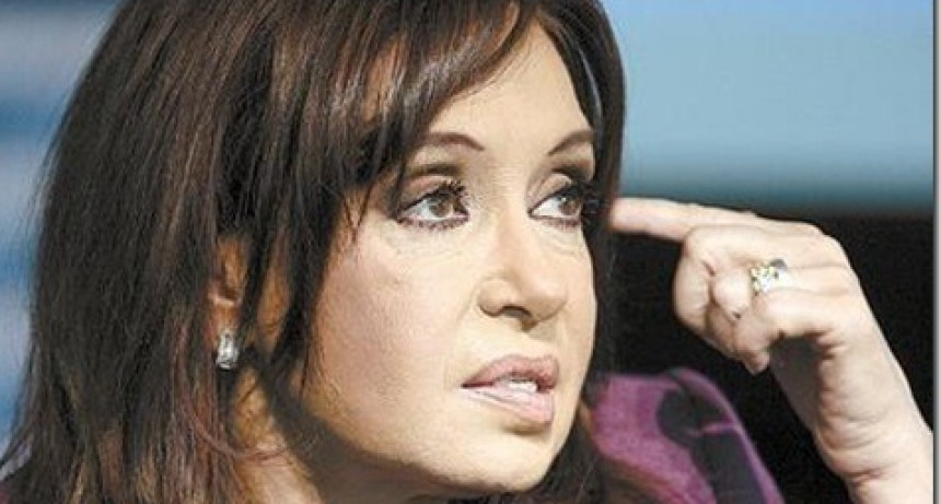 A Cristina la llamaban  LA LOCA  o la  YEGUA nadie quería trabajar con ella
