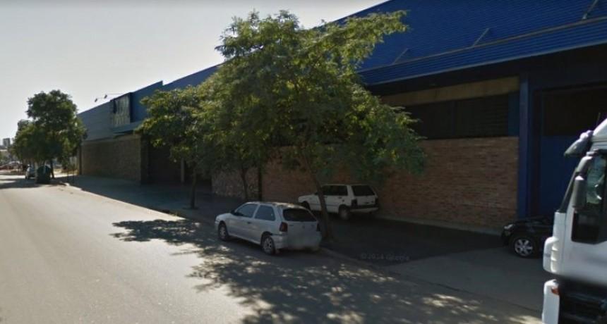 Vestidos de policía Asaltaron la distribuidora Quilmes