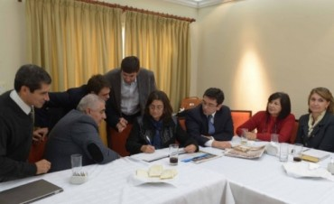 Lucía Corpacci pidió la renuncia a su gabinete