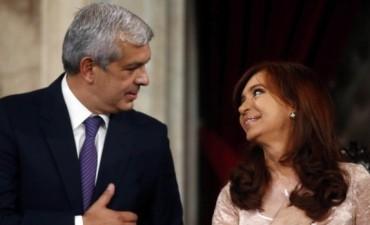Denunciaron penalmente a Cristina y a Julián Domínguez por los nombramientos en la AGN