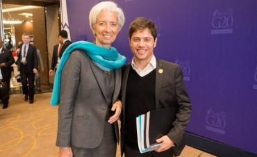 Burlas en Twitter: tras críticas de Scioli al FMI, Kicillof se fotografió con su titular