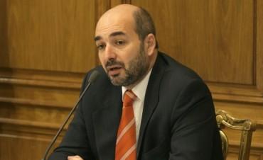 Director electoral dice que entre las 22.30 y las 23 se sabrá quien es el nuevo presidente