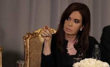 Cristina Kirchner apuntó contra el