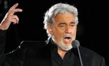 Plácido Domingo afirma que está «totalmente restablecido»