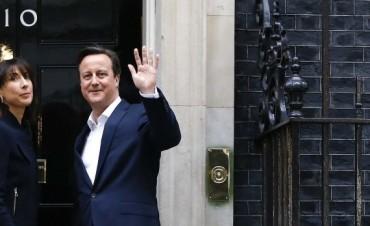 David Cameron llamó a Mauricio Macri para felicitarlo y buscarán
