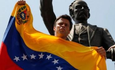 Desde la cárcel de Ramo Verde, Leopoldo López llamó cobarde al presidente Nicolás Maduro