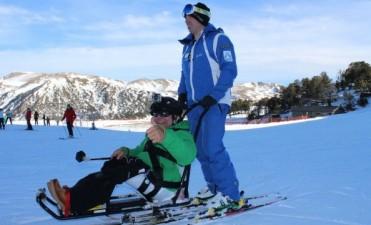 Construirá sillas de esquí adaptado