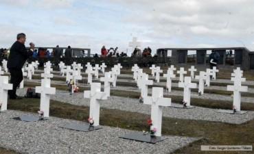 Avanzan las negociaciones para identificar los restos de unos 80 combatientes de Malvinas