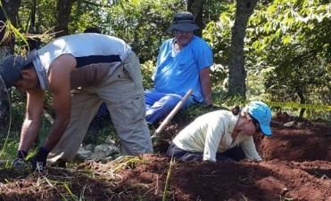 Antropólogos argentinos encuentran más restos de la masacre de El Mazote