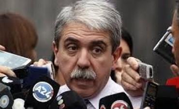 Aníbal Fernández fue a la cárcel a visitar a De Vido pero no pudo ingresar