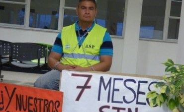 Angustia y desesperación trabajadores del Hospital de Andalgalá se encadenaron