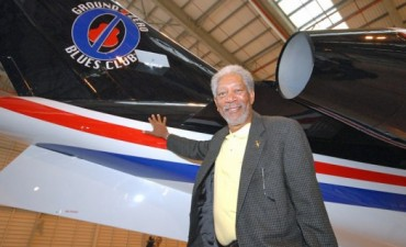 Actor Morgan Freeman ileso en accidente aéreo