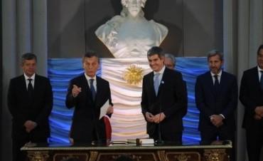 Boletín oficial: Macri firmó su primer decreto como Presidente