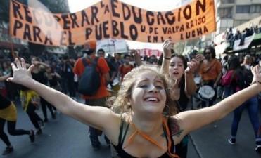Histórico: aprobaron en Chile la ley de gratuidad universitaria