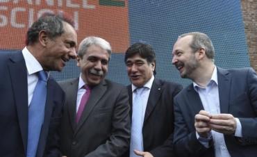 Alertan que la Provincia de Buenos Aires está quebrada: Scioli, más cerca de la Justicia