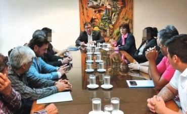 """Trabajadores tucumanos obligados a """"compartir"""" los salarios"""