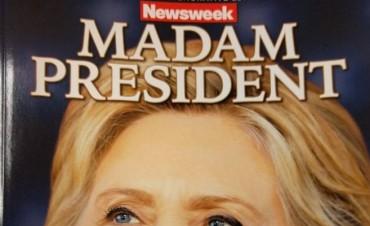 Venden edición de Newsweek con Clinton como presidenta
