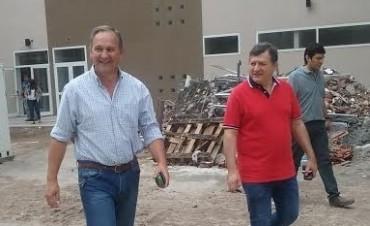 Figueroa Castellanos recorrió las obras de ampliación del Hospital de Niños