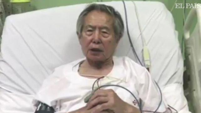 En medio de marchas masivas, Fujimori pidió perdón por su gestión