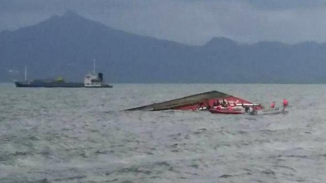 Se hundió ferry con 251 personas en Filipinas