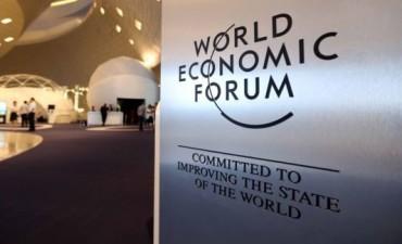Foro de Davos advierte sobre riesgos a economía mundial