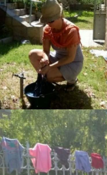 Insolito reclamo: Una mujer andalgalense lavó la ropa en las oficinas de la DASI