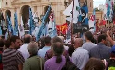 Córdoba: la marcha opositora se quedó sin destinatario