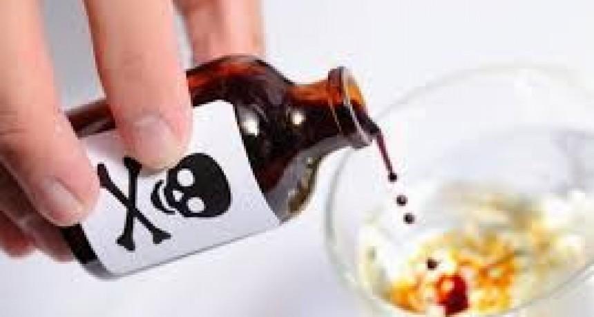 Por celos, novio la secuestra y la obliga a beber veneno 15 días