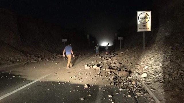 Sismo y amenaza de tsunami en Chile: 2 muertos