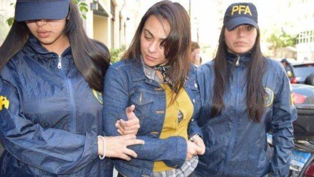 Viuda de Muñoz, arrepentida, y su ex abogado, preso