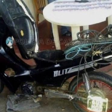 Arrestan a dos sujetos y secuestran droga y dinero en efectivo en Ambato