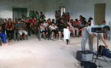 El Cine Móvil del INCAA/Cultura en La Puerta y Huillapima