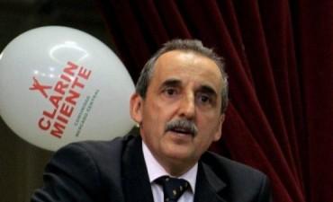 Guillermo Moreno  gasto 41.296 dólares que se pagaron con recursos públicos para el merchandising anti Clarín