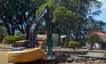 Desde ayer Inició la etapa de demolición en La Alameda