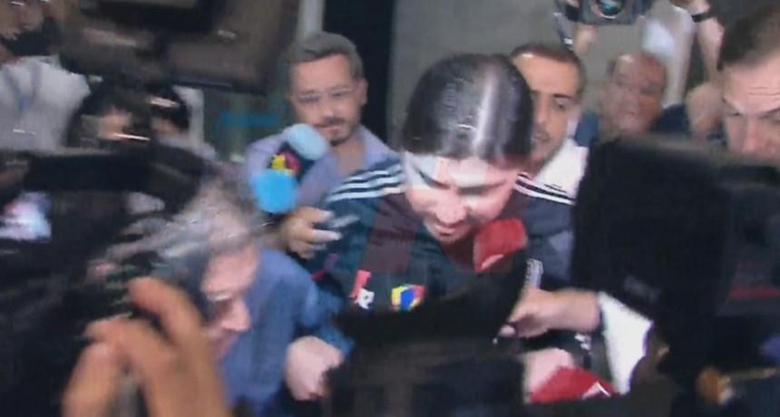 Martín Báez llegó a Buenos Aires tras el pedido de detención