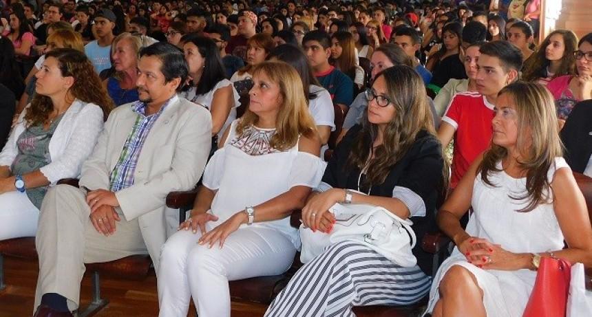 Bienvenida a 800 jóvenes en Humanidades de la UNCa