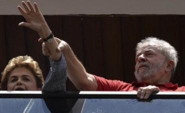 """El gobierno acusó al juez Moro de divulgar el audio de Rousseff y Lula y anunció """"medidas"""" contra él"""