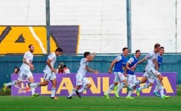 Quilmes se aprovechó de San Lorenzo y consiguió su primera victoria en el torneo