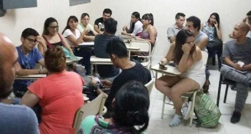 Becas para quienes elijan estudiar profesorados