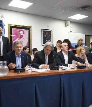 Cabrera avaló el embargo de las cuentas sueldo