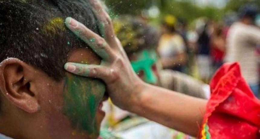 Grave imprudencia de carnaval en Salta: Le quemó la vista a un niño