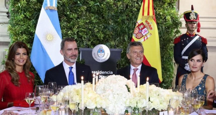 En fotos: la intimidad de la gala en honor a los reyes de España Felipe VI y Letizia