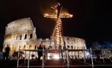 El Vaticano entregó sobres con dinero a personas en situación de calle