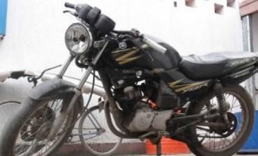 Policía involucrado en el robo de motos